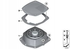 65 13 0 140 957 Central Woofer Supporting Plate